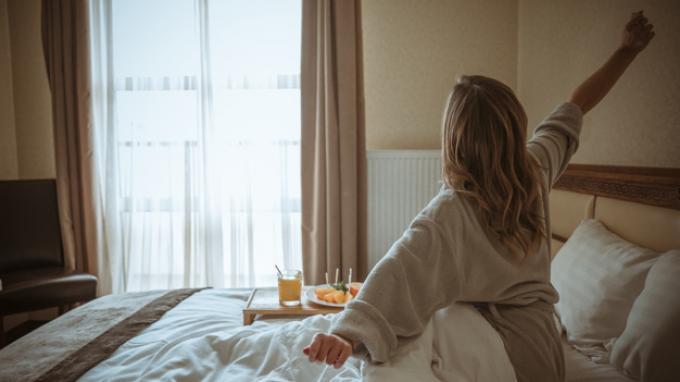 5 Kebiasaan Baik di Pagi Hari yang Bisa Bikin Kulit Tetap Segar dan Cantik, Yuk Coba